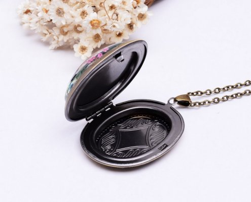 lockets with charms