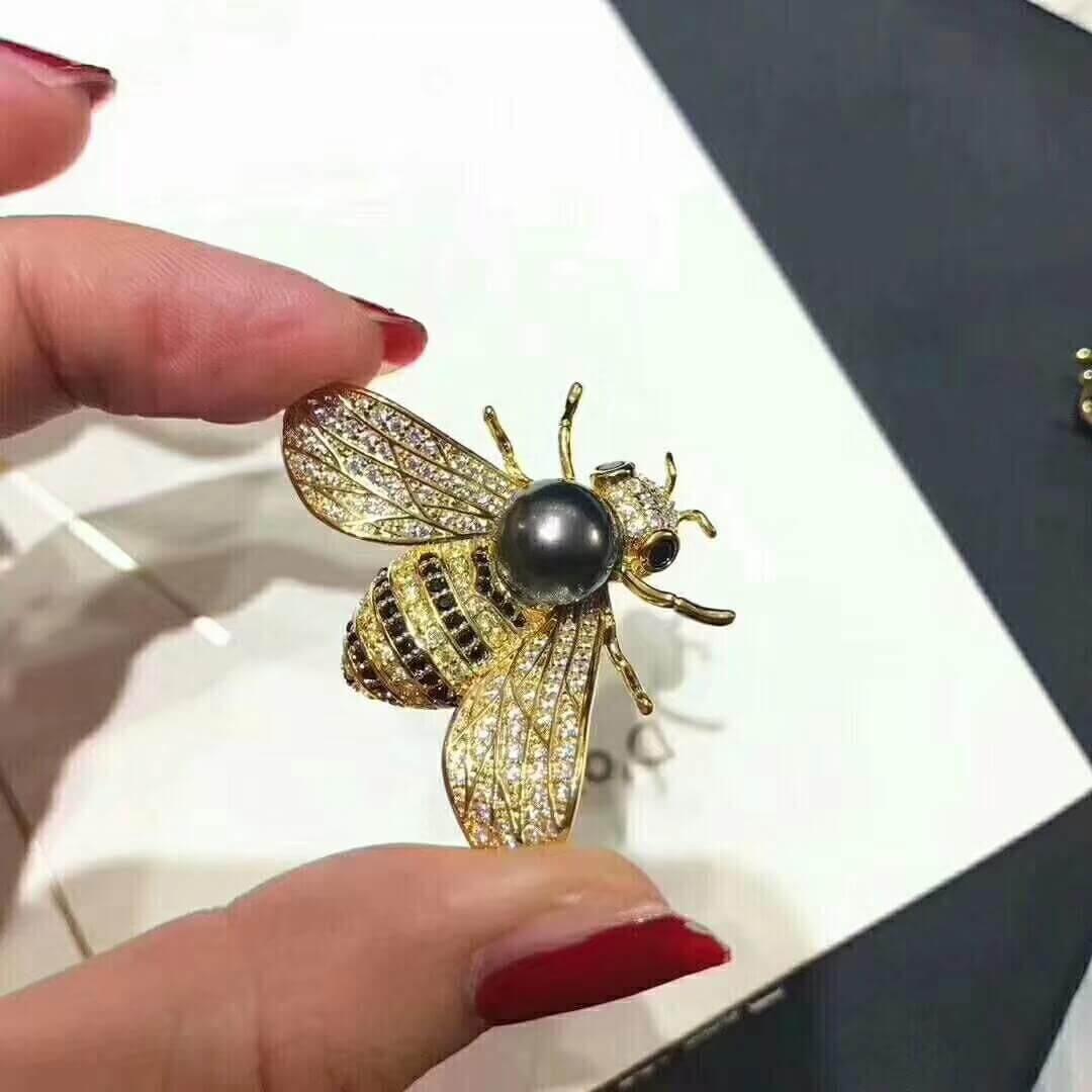 Locket Charm Bracelet: Honey Bee Jewelry With Pearl