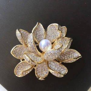 lotus brooch