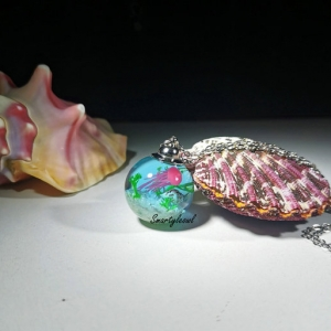 jellyfish resin pendant
